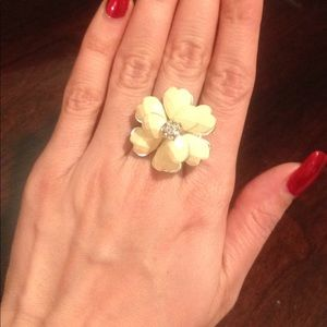 Flower ring - one size -used